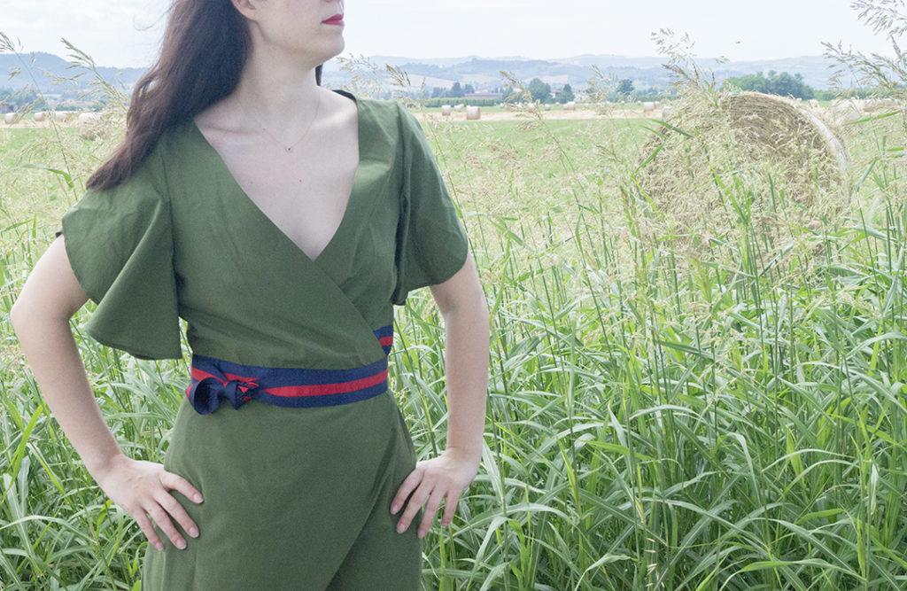 Il vestito Gucci:  particolare